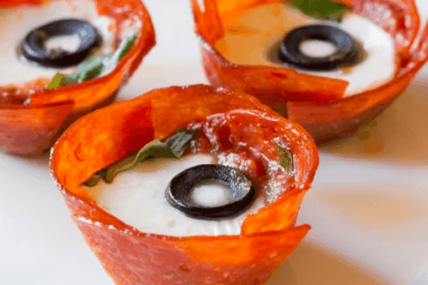 LOW CARB PEPPERONI PIZZA CUPS