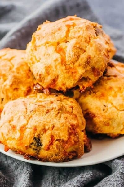 CHEDDAR, ALMOND KETO BISCUITS