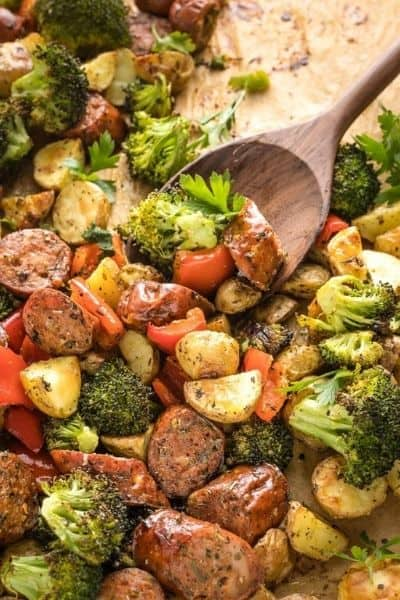 SHEET PAN CHICKEN SAUSAGE WITH BROCCOLI AND PEPPERS