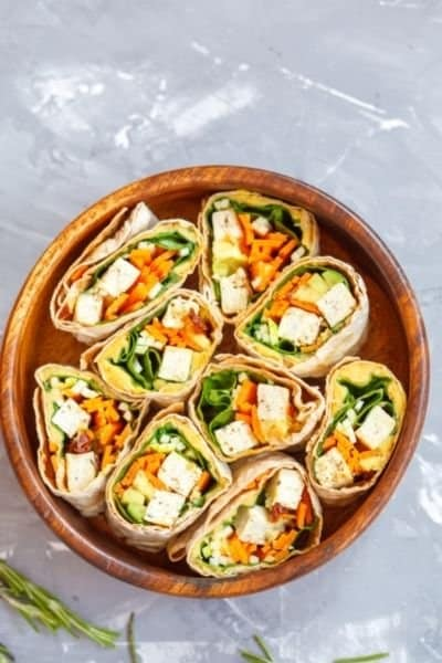 TORTILLA WRAP WITH EGG WHITES AND TOFU